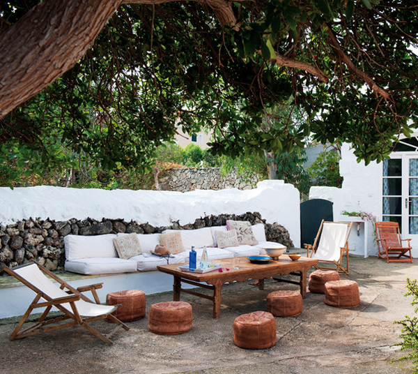 Rustic Spanish Style Sea Island House: WEEKEND ESCAPE: A VILLA ON THE SPANISH ISLAND OF MENORCA