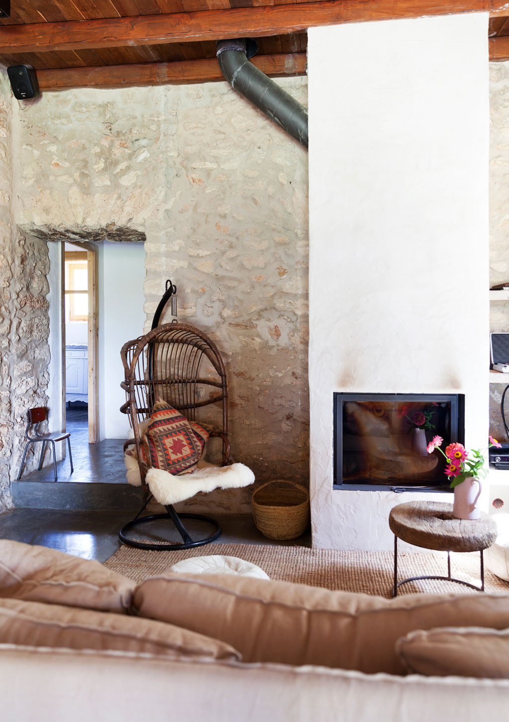 A stunning renovated farmhouse on ibiza the style files for Afbeeldingen interieur