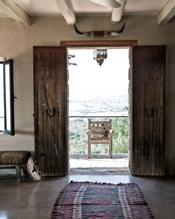 3 Home Decor Trends For Spring Brittany Stager: A RENOVATED FINCA ON THE ISLAND OF MALLORCA
