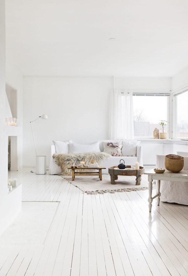 an all white home in norway style bloglovin. Black Bedroom Furniture Sets. Home Design Ideas