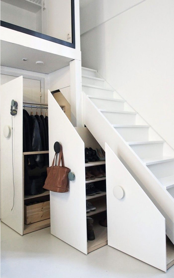 Get your closet organized with virtual closet space style blogl - Amenager sous escalier ...