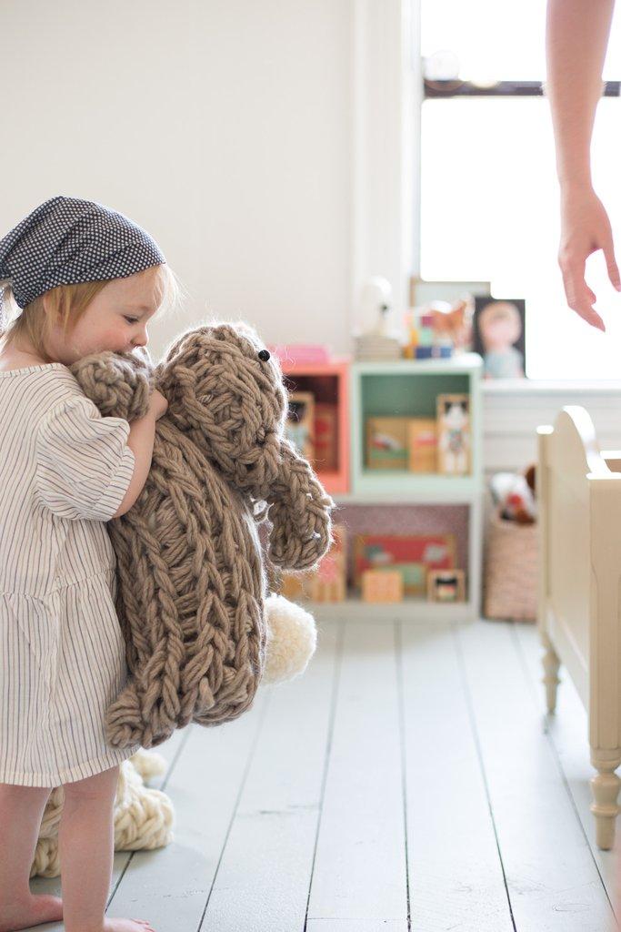 giant_stuffed_bunny_arm_knit-6695_58a92300-c6f3-400a-8f5a-e2e6411cb8ec_1024x1024
