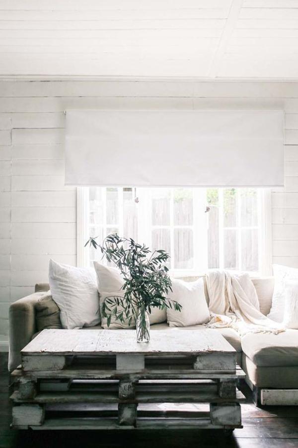 a charming summer cottage in australia style bloglovin. Black Bedroom Furniture Sets. Home Design Ideas