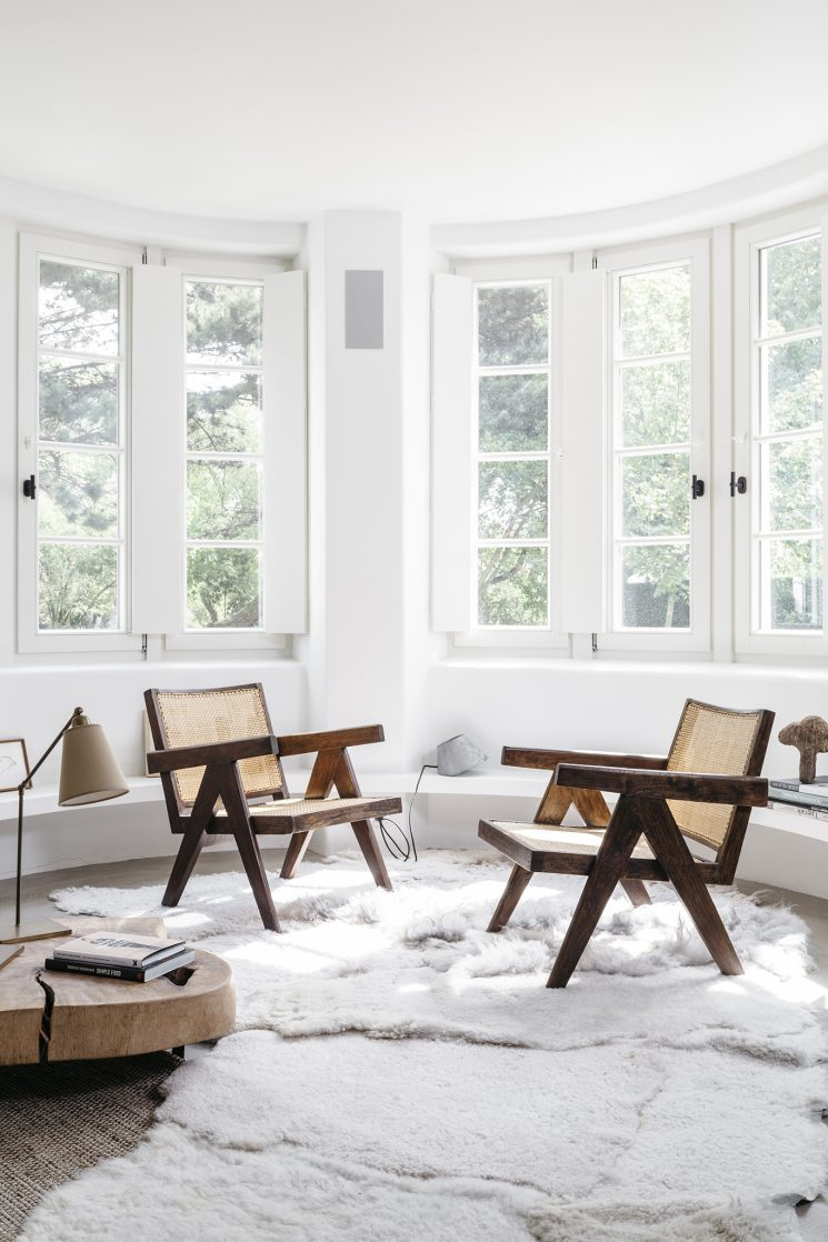 ... Home Designed By Belgian Interior Architect Peter Ivens. The Use Of A  White Base With Natural Materials And A Mix Of Ethnic And Scandinavian  Influences ...