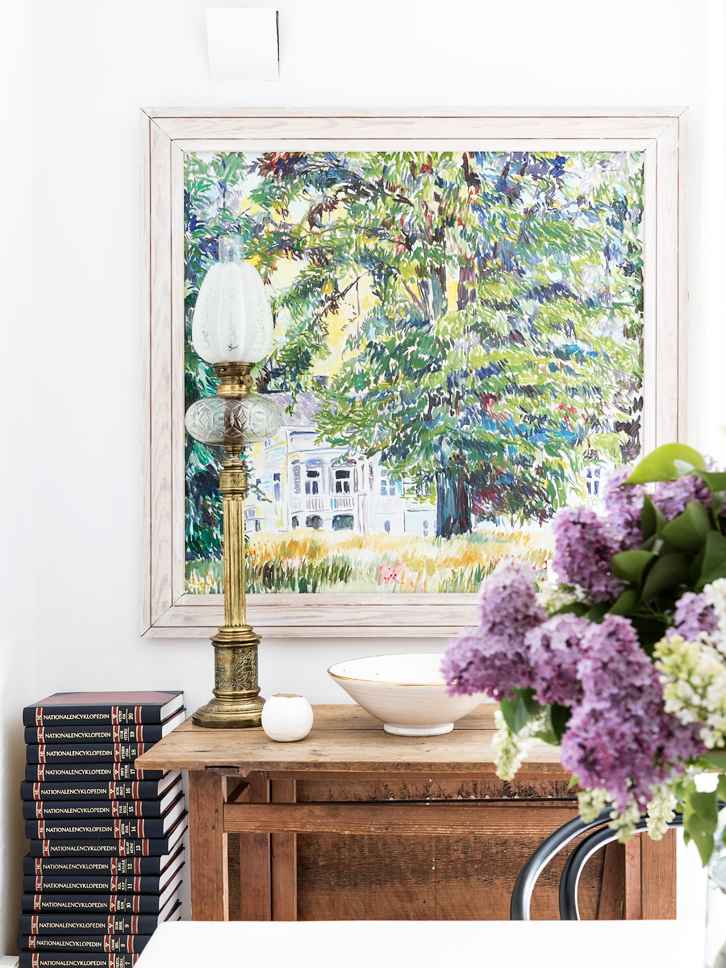 This Idyllic House Is Located In In The Beautiful Ekebäck Area Near  Gothenburg, Sweden. The Gorgeous Lilac Flowers Make This Home Ready For  Spring!